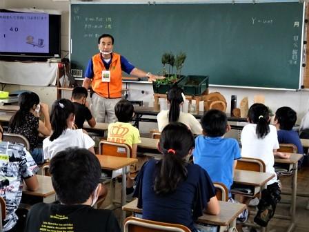 小学校訪問(一緒に森へ行こう) 豊川市立桜木小学校_d0105723_18123381.jpg