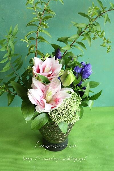 定期装花から りんどう_a0085317_19225126.jpg