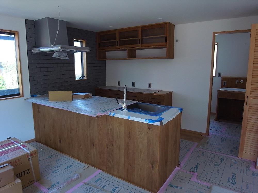 千波の家 まもなく完成 2021/8/30_a0039934_15052917.jpg