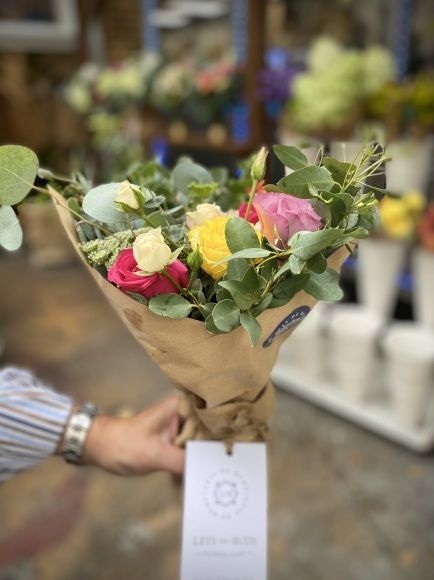 キツラノの可愛い花屋さん「Leis de Buds」_d0129786_14493701.jpeg