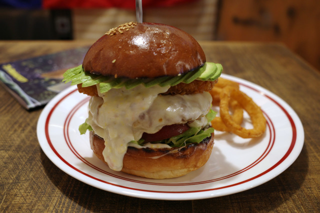 MEIHOKU Burger(伏見) #10_e0160313_15154655.jpg