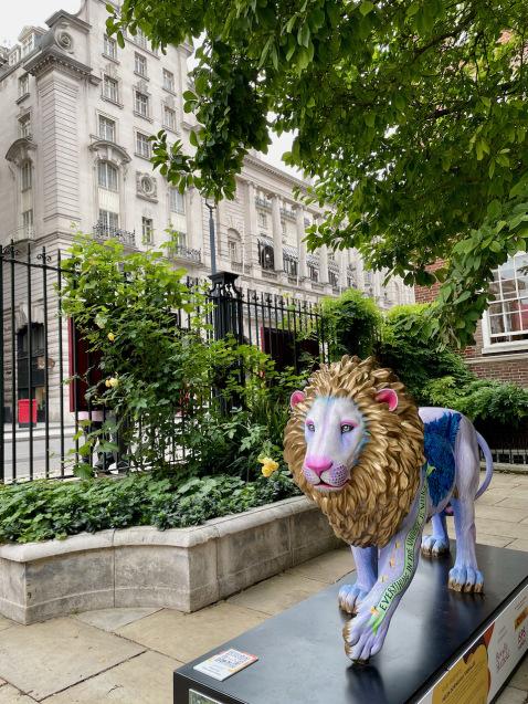 「ロンドンに現れたライオンを追いかける」ニューズウィーク日本版World Voiceのブログ更新_e0114020_01400208.jpeg