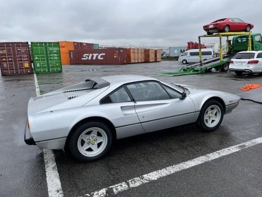 イタリアから購入した2台が本日無事通関できました!_a0129711_15124960.jpg
