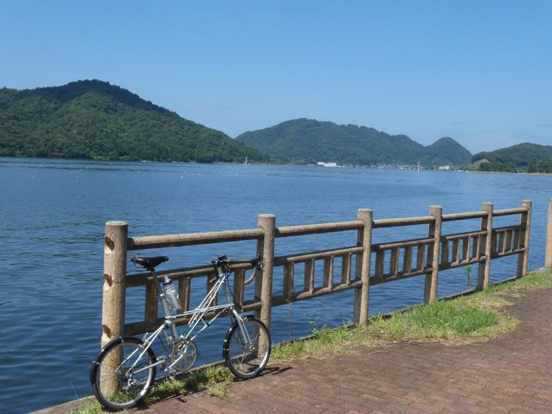 三方五湖はど平坦でなかなか良いぞ。(笑)_d0383596_00093179.jpg