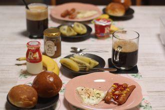 8/25-9/3 日々のごはん 酒種の角食、白パン、レモンチョコぱん、塩バニラシフォンケーキ_f0196800_19331135.jpg