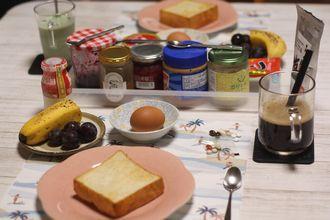 8/25-9/3 日々のごはん 酒種の角食、白パン、レモンチョコぱん、塩バニラシフォンケーキ_f0196800_19562481.jpg
