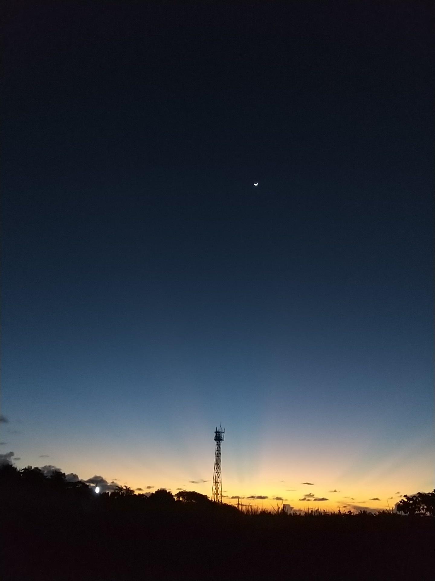夜明け前そして朝陽。_e0251855_08354975.jpg