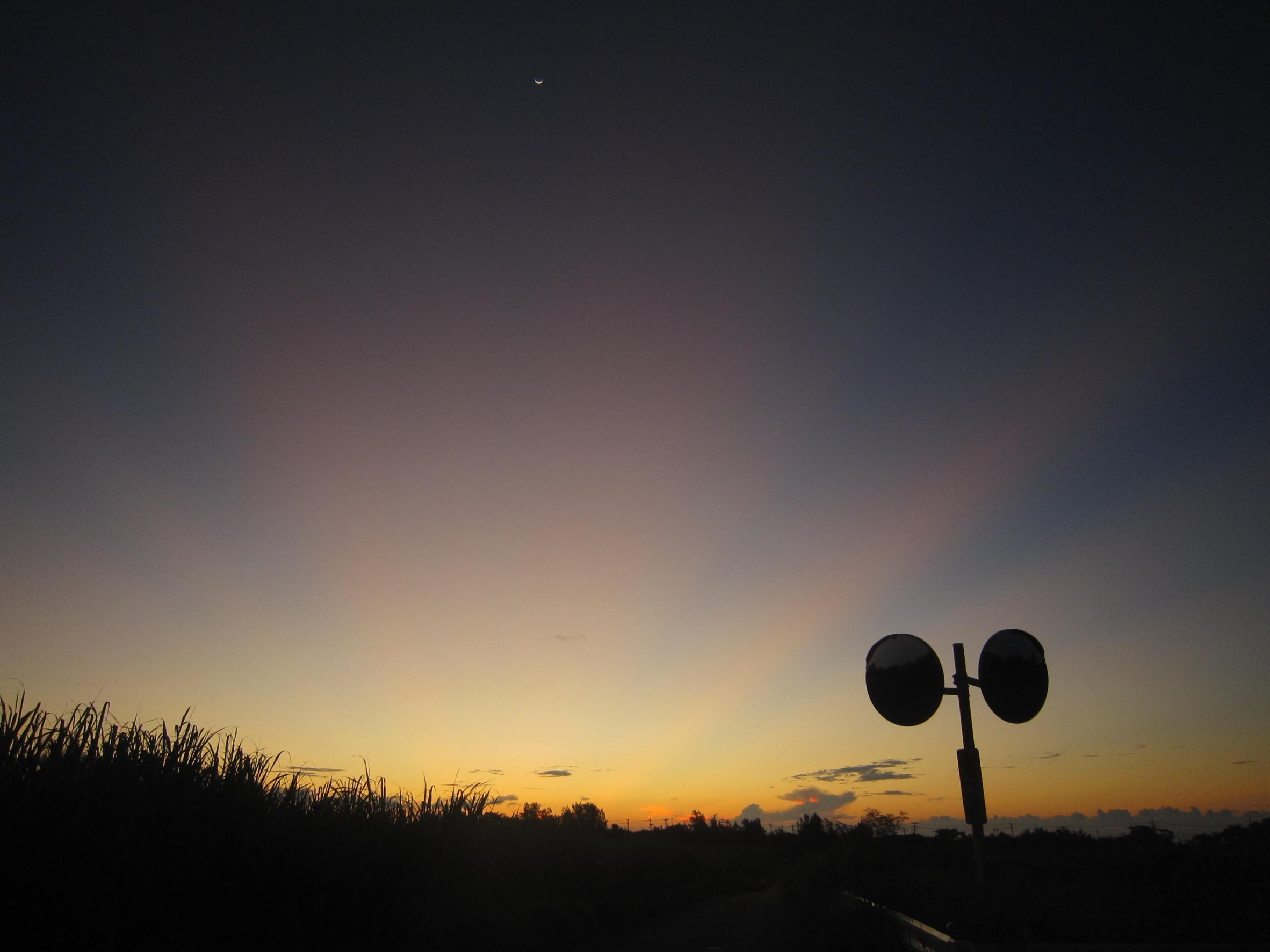 夜明け前そして朝陽。_e0251855_08382186.jpg