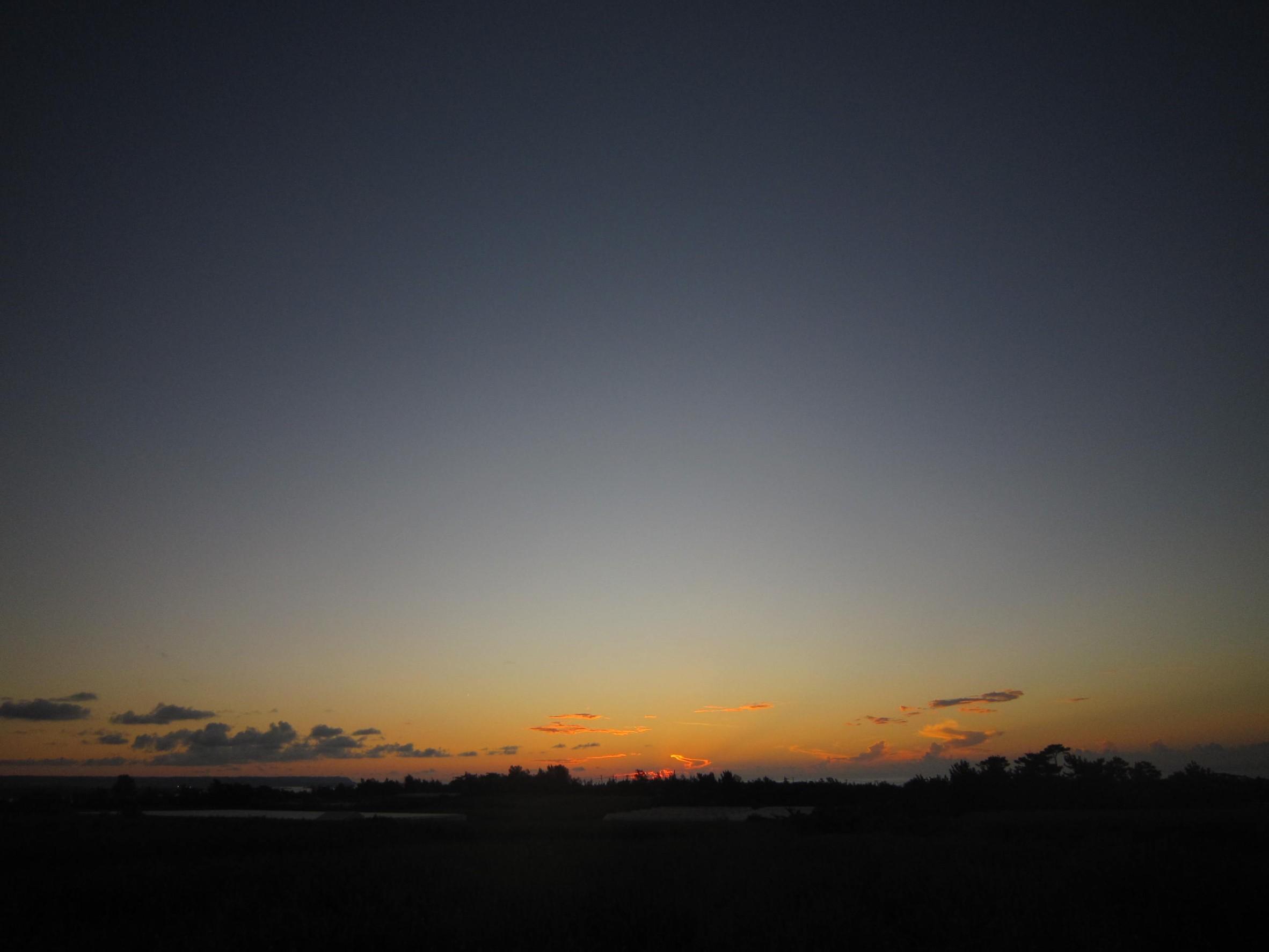 夜明け前そして朝陽。_e0251855_08391931.jpg