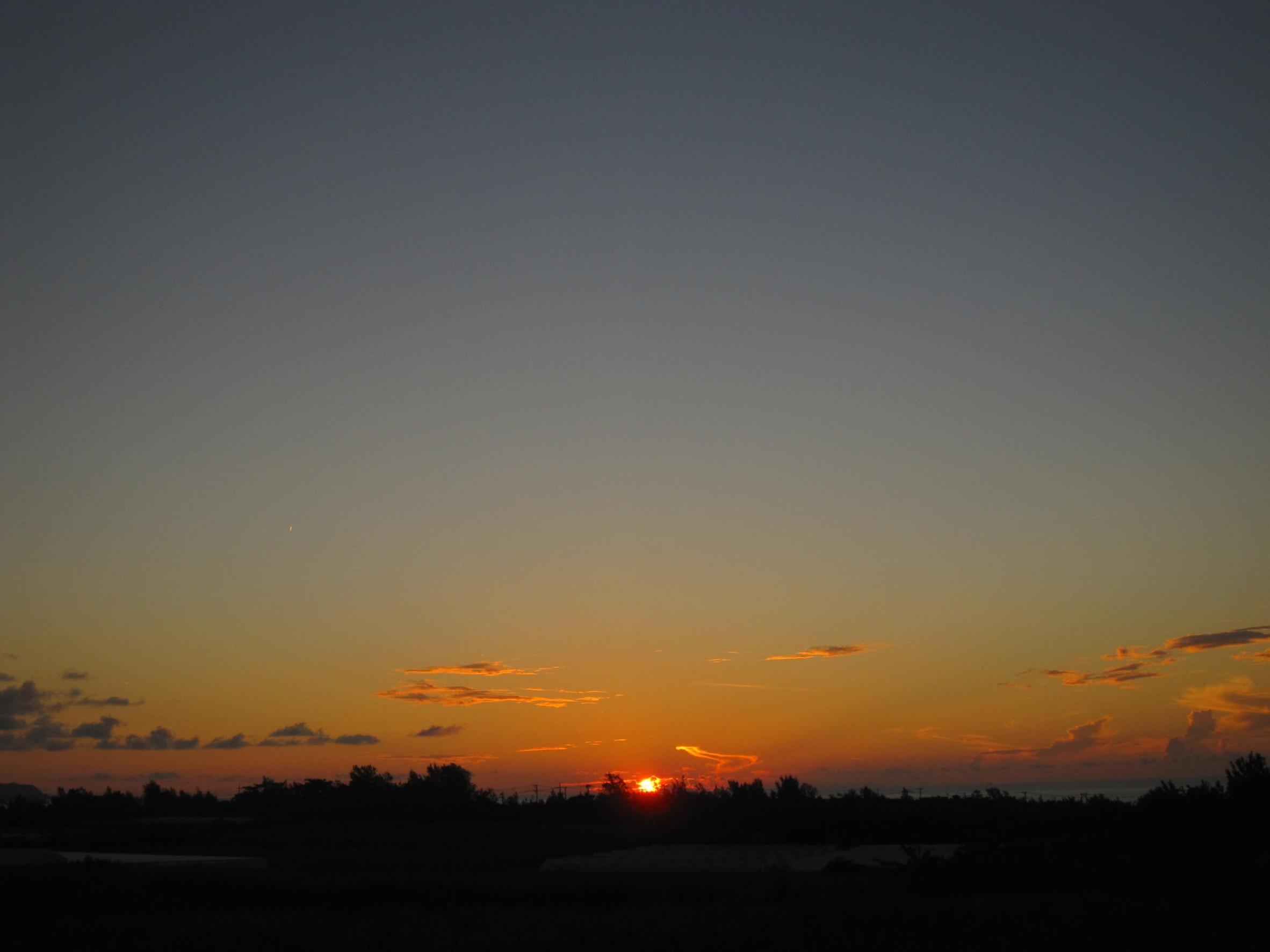 夜明け前そして朝陽。_e0251855_08391943.jpg