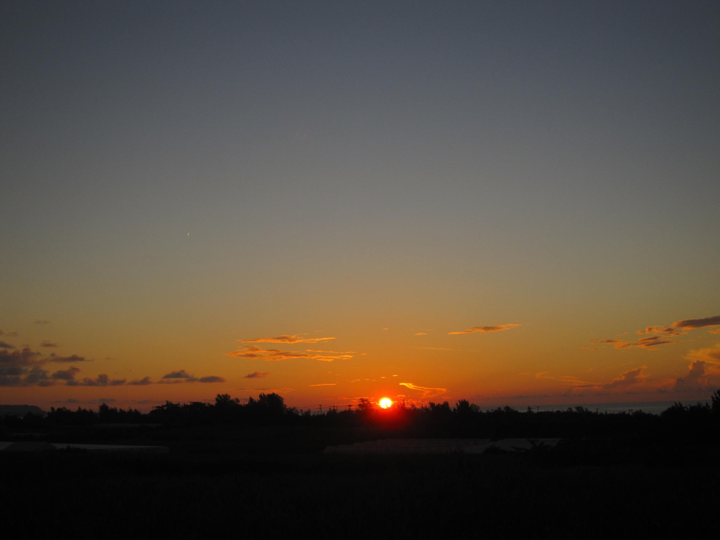 夜明け前そして朝陽。_e0251855_08391964.jpg