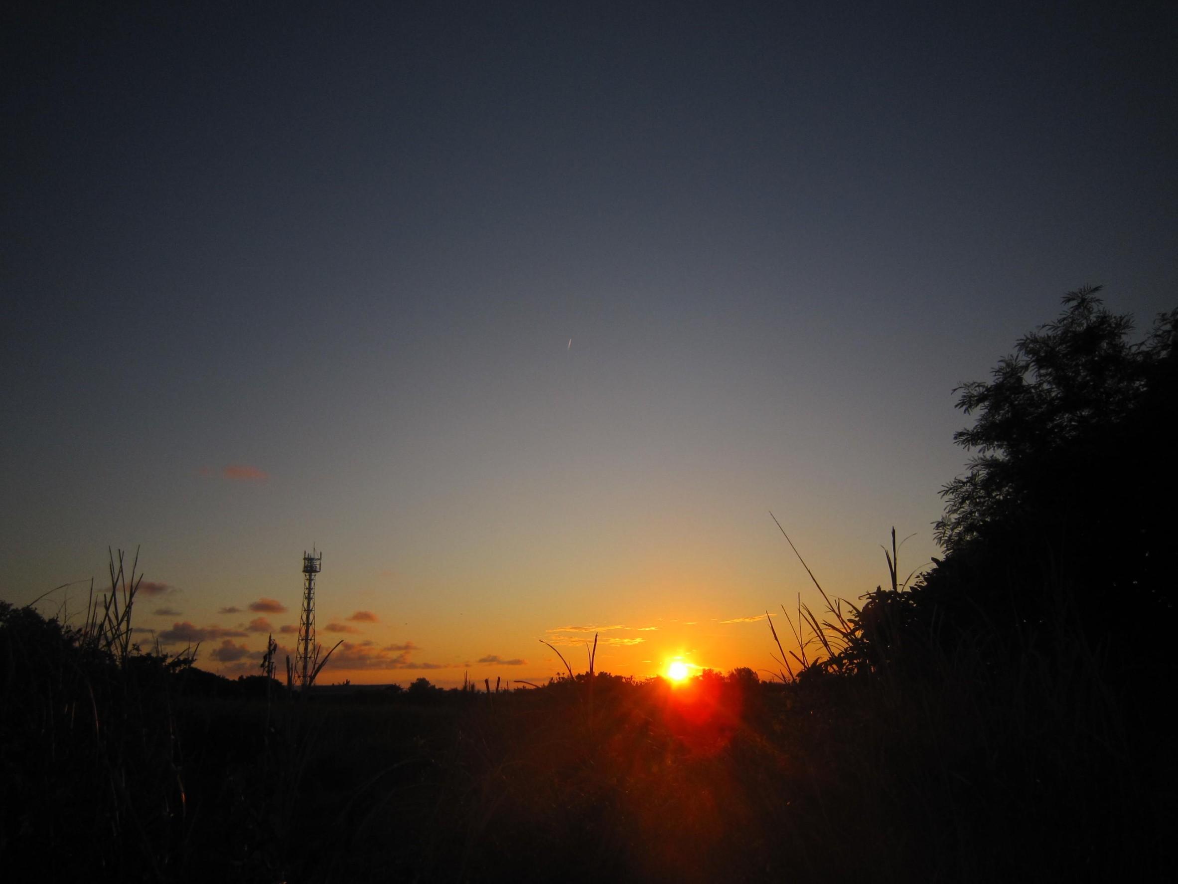 夜明け前そして朝陽。_e0251855_08402728.jpg