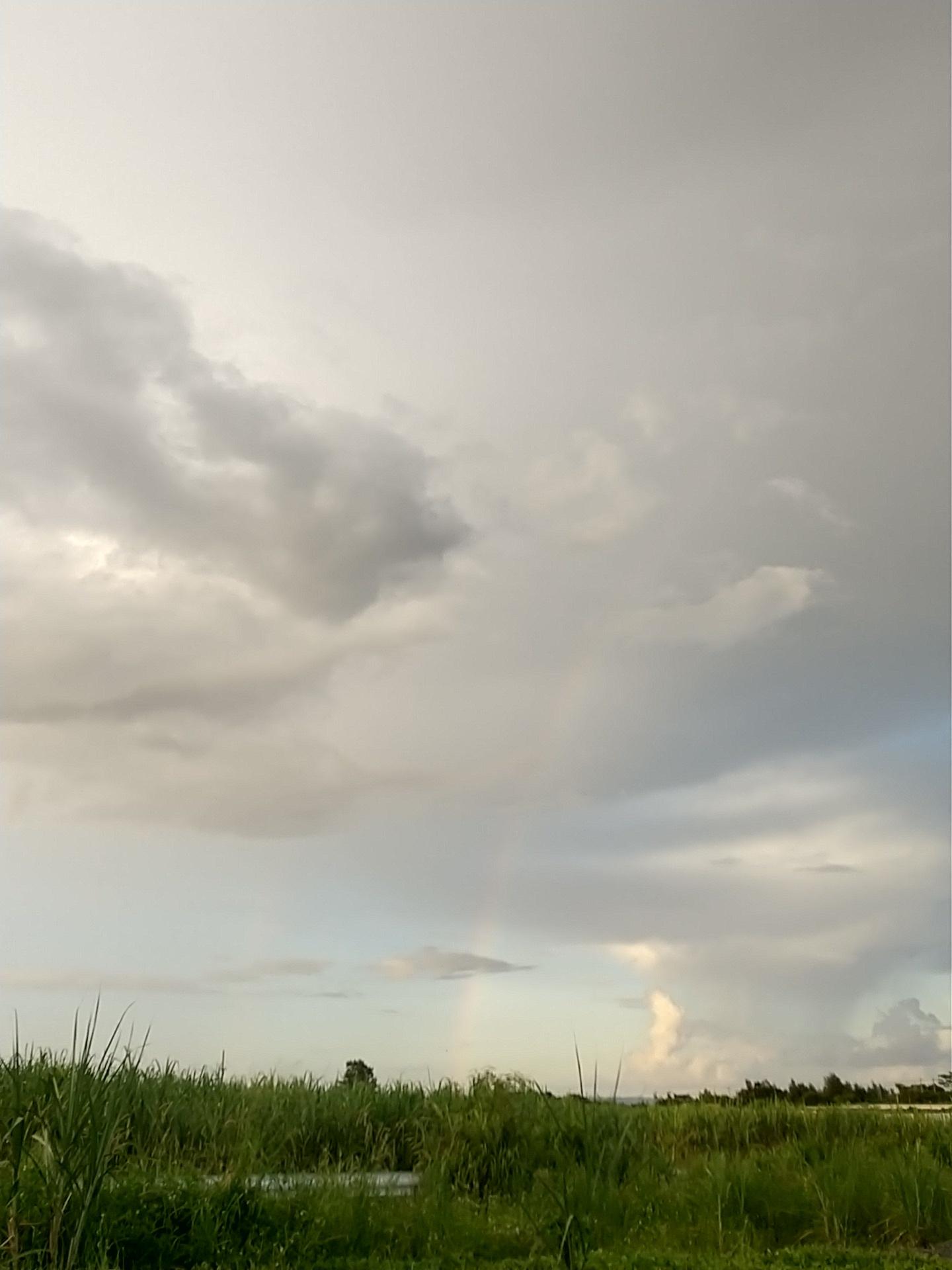 雲。虹。夕陽。夕焼け。_e0251855_19433608.jpg