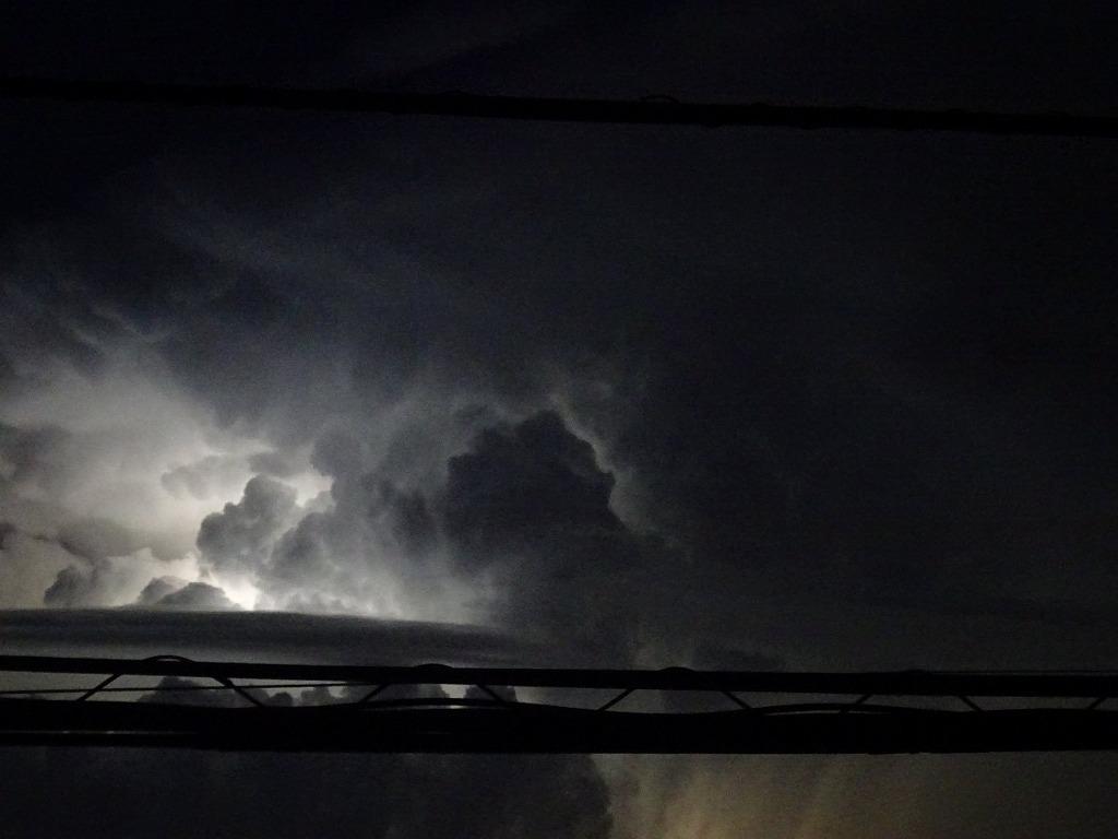 新コロ無職の日々まとめ426~430日目【8/28,29,30,31,9/1】叔父宅FAX、天気悪く雷2DAYS、雨やんだ隙に水汲み、涼しい通り越し肌寒く_d0061678_19223352.jpg