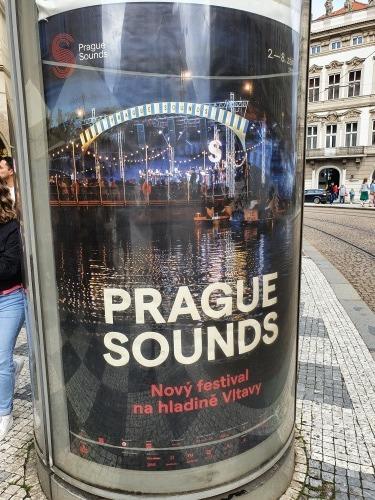 プラハの秋と音楽の秋_e0151592_01414267.jpg