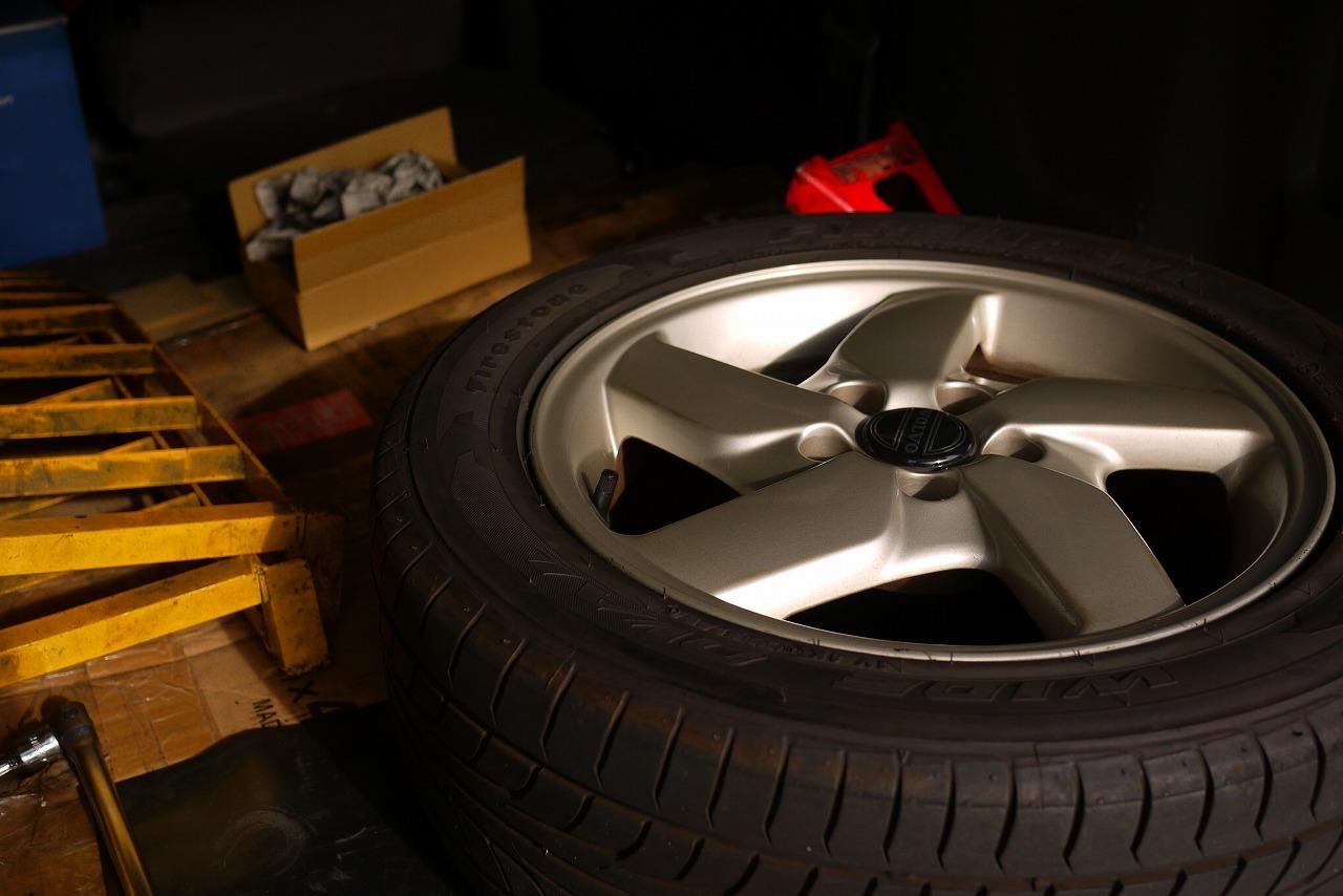 ボルボ940 タイヤ交換_d0171835_19463098.jpg
