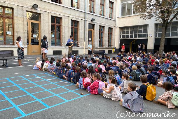 まだまだ夏が残るパリ、新学年がスタート!_c0024345_22392761.jpg