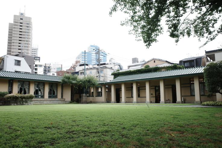 フランク・ロイド・ライトが基本設計をした『自由学園明日館』へ行ってきた_a0287336_14401139.jpg