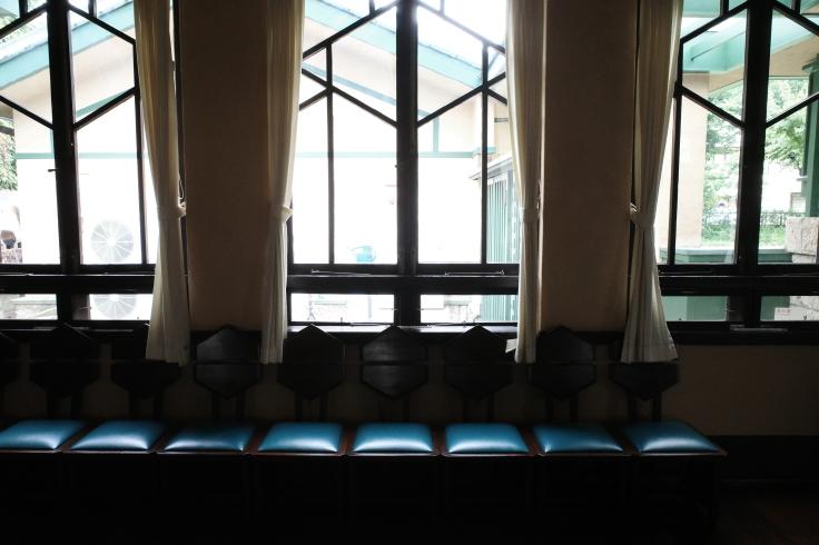 フランク・ロイド・ライトが基本設計をした『自由学園明日館』へ行ってきた_a0287336_14414861.jpg
