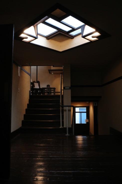 フランク・ロイド・ライトが基本設計をした『自由学園明日館』へ行ってきた_a0287336_14422429.jpg