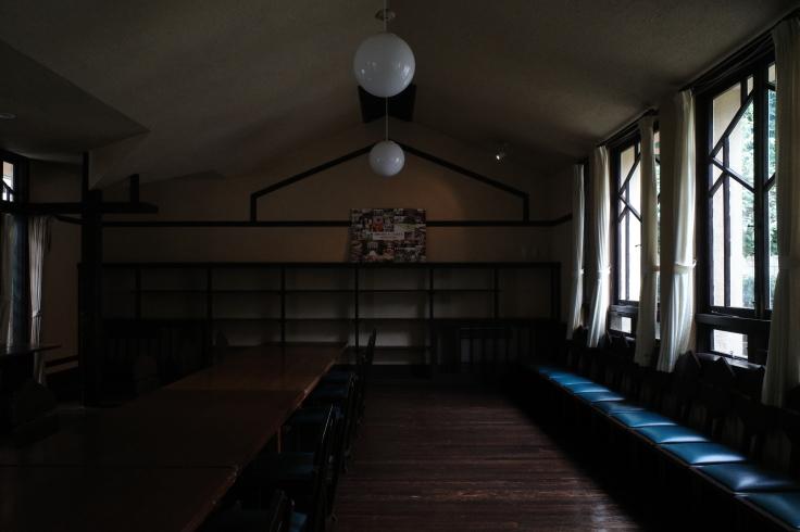 フランク・ロイド・ライトが基本設計をした『自由学園明日館』へ行ってきた_a0287336_14470571.jpg