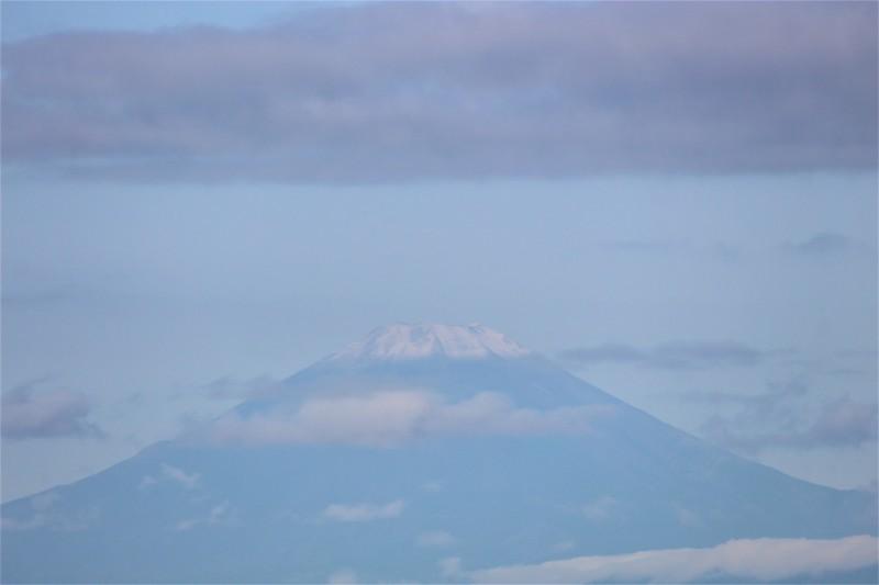 富士山初冠雪_b0362782_08440877.jpg