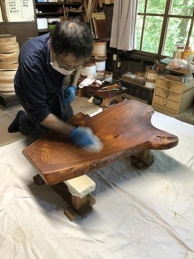 コーヒーテーブルに漆が塗られるまで、その1_c0022913_18065739.jpg