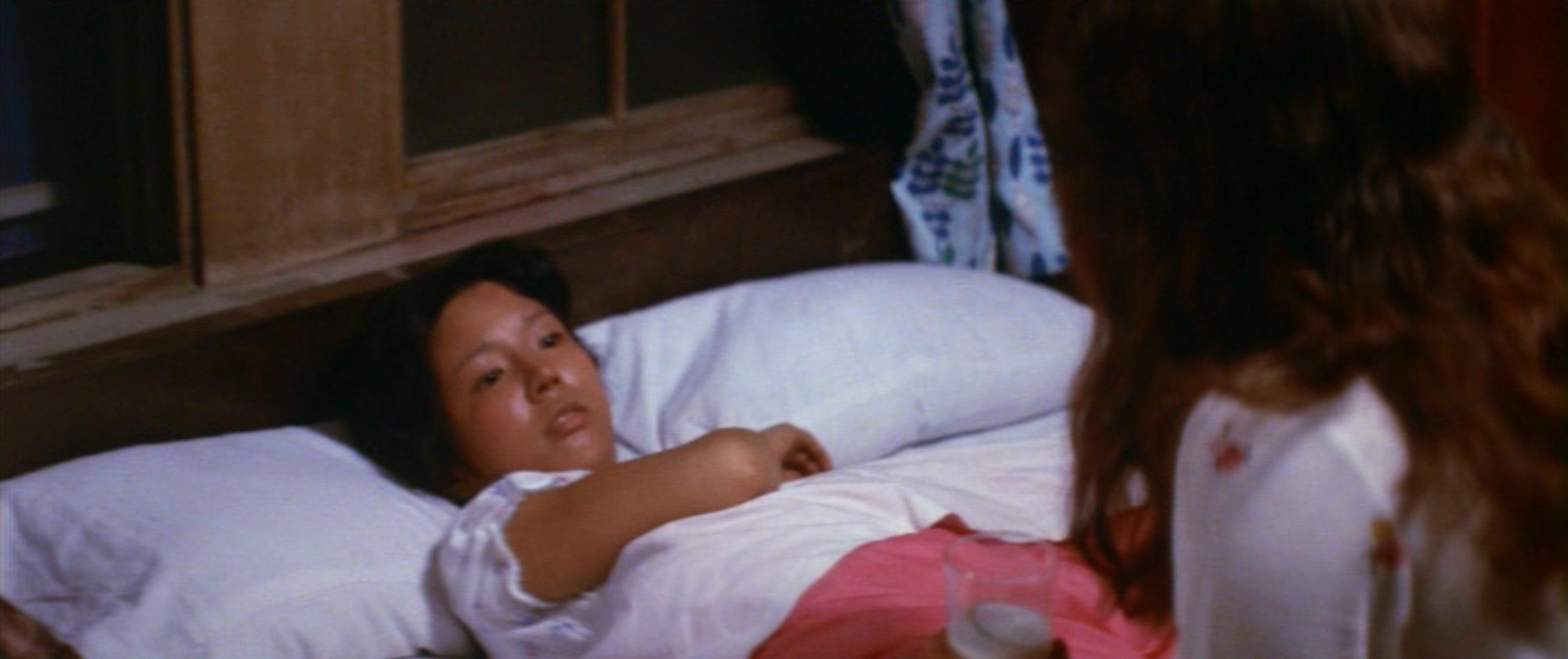 市毛良枝(Yoshie Ichige)「混血児リカ ハマぐれ子守唄」(1973)・・・《前半》_e0042361_20460206.jpg