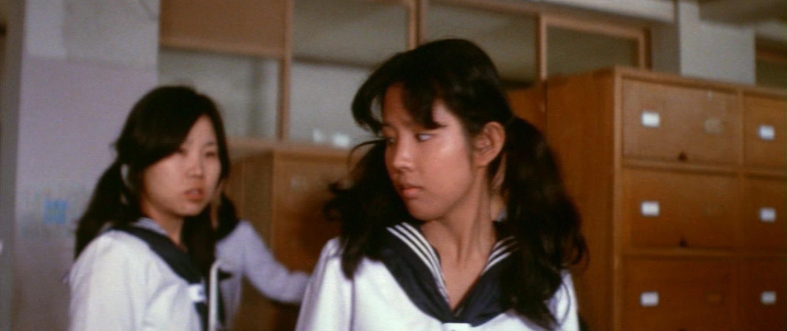 市毛良枝(Yoshie Ichige)「混血児リカ ハマぐれ子守唄」(1973)・・・《前半》_e0042361_20461228.jpg