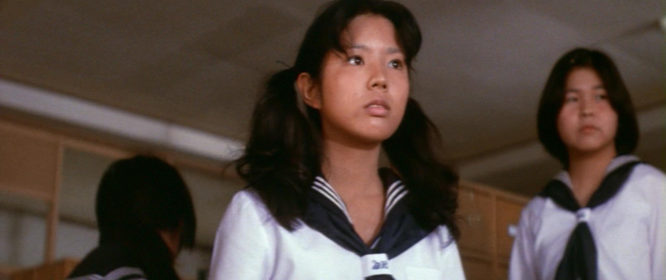 市毛良枝(Yoshie Ichige)「混血児リカ ハマぐれ子守唄」(1973)・・・《前半》_e0042361_20461501.jpg
