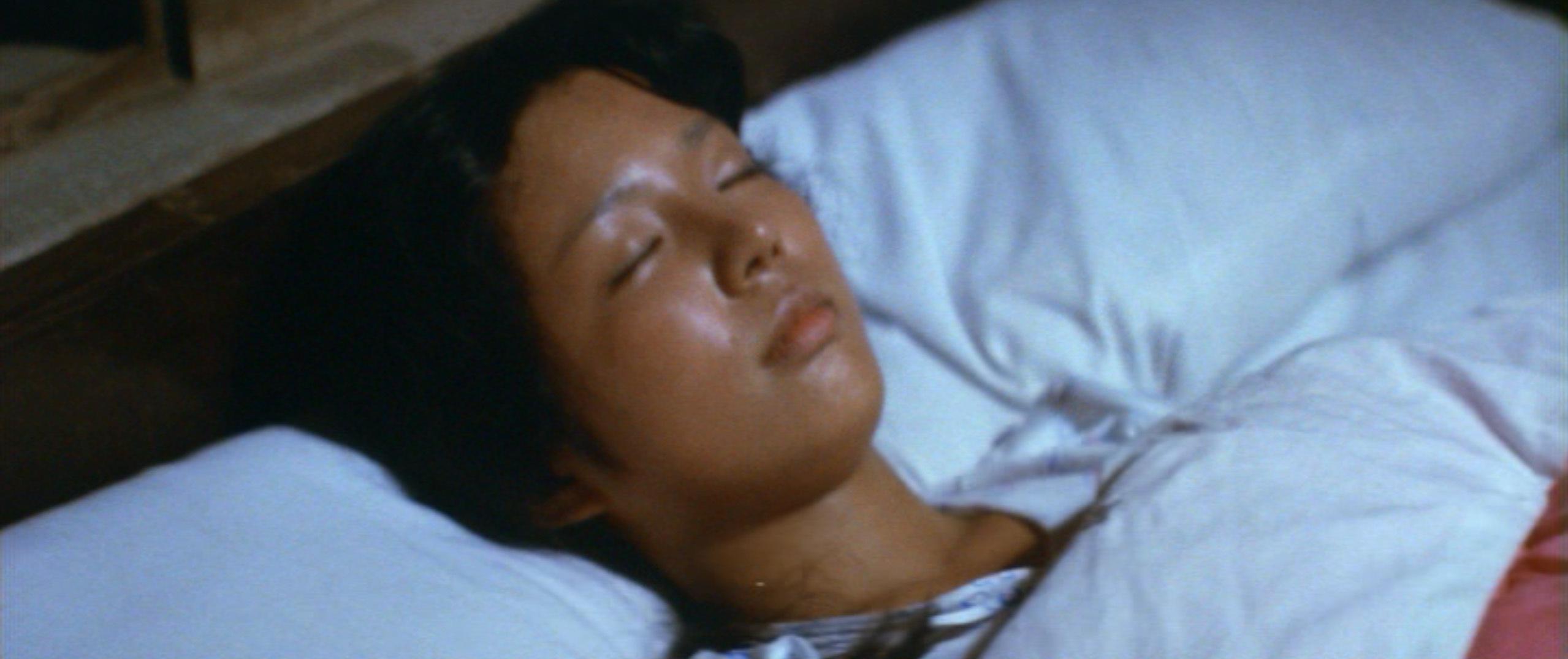 市毛良枝(Yoshie Ichige)「混血児リカ ハマぐれ子守唄」(1973)・・・《前半》_e0042361_20462337.jpg