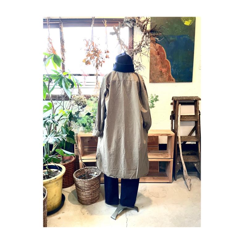 【ARMEN WOMEN】UTILITY REGULAR COLLAR LONG SHIRT_d0000298_18032033.jpg
