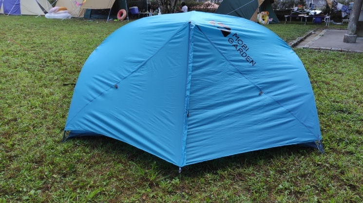 デザイン・機能・高コスパの登山テント MOBI GARDEN / AS WINGS 2G レビュー_b0108109_17005198.jpg