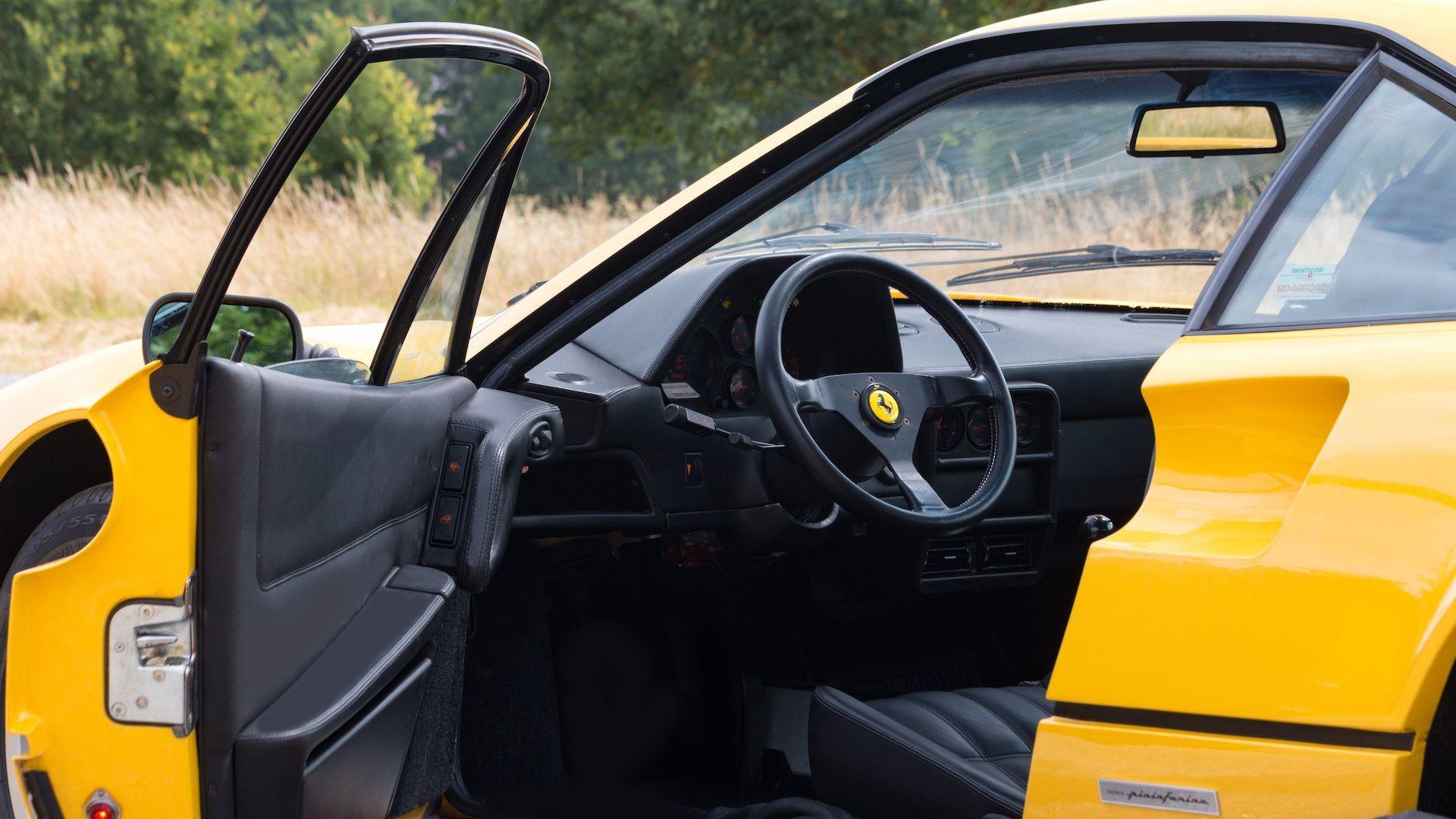 89y Ferrari 328GTB_a0129711_10231962.jpg