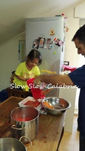 夏の保存食作り、トマトソース♪_c0171485_23395740.jpg
