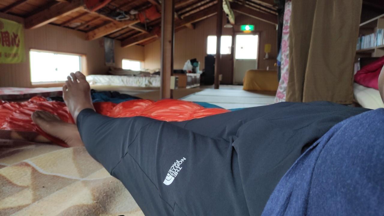知床旅情を味わう♫ 熊の入った家、瀬石の露天風呂 - Hidden charm of Shiretoko, Bear\'s guesthouse, \'Seseki\' Wild hot springs._b0108109_10473889.jpg