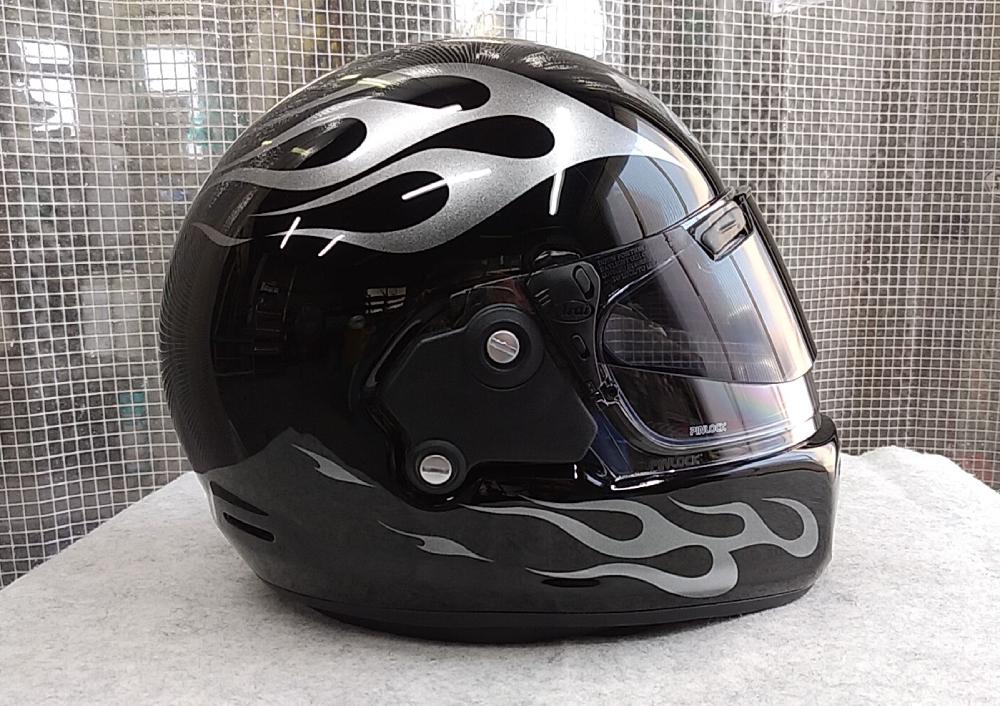 アライヘルメット謹製RAPIDE-NEOていう2輪用ヘルメットをペイントしてみた。_d0130115_18513068.jpg