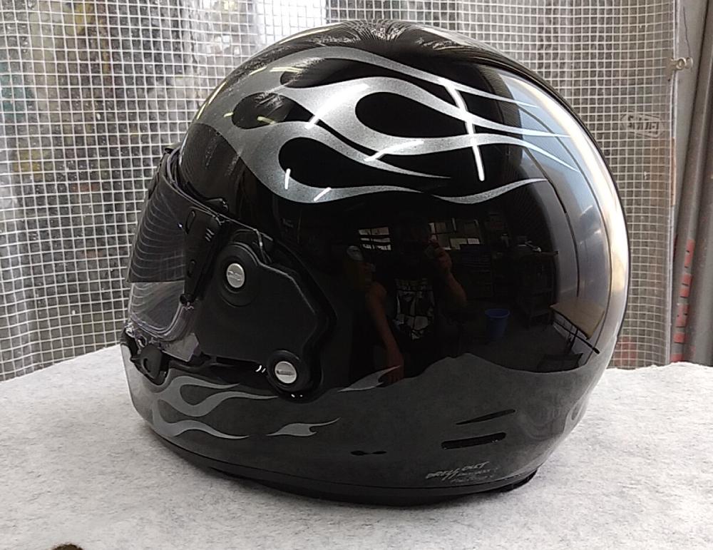 アライヘルメット謹製RAPIDE-NEOていう2輪用ヘルメットをペイントしてみた。_d0130115_18513190.jpg
