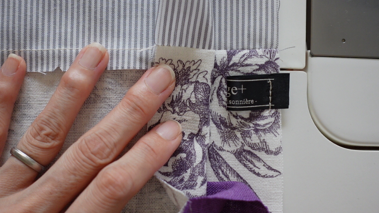【Yahoo!クリエイターズ】三角マチの巾着ポーチの作り方公開しました♪_f0023333_23342060.jpg
