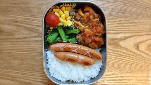 お子ちゃま弁当と懐かしき昭和_d0359935_06355885.jpg