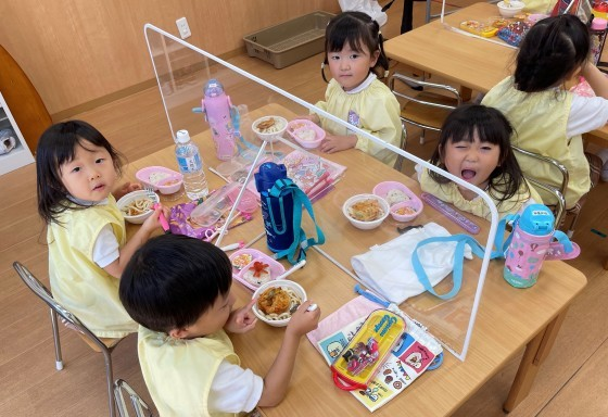 Lunch time☆_e0119166_13333108.jpg