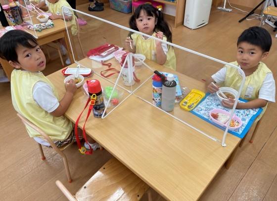 Lunch time☆_e0119166_13361924.jpg