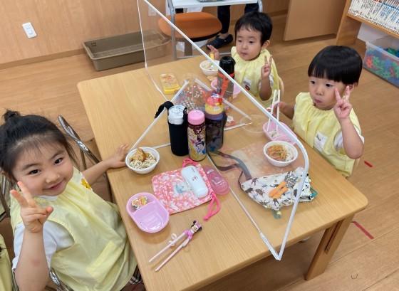 Lunch time☆_e0119166_13375608.jpg