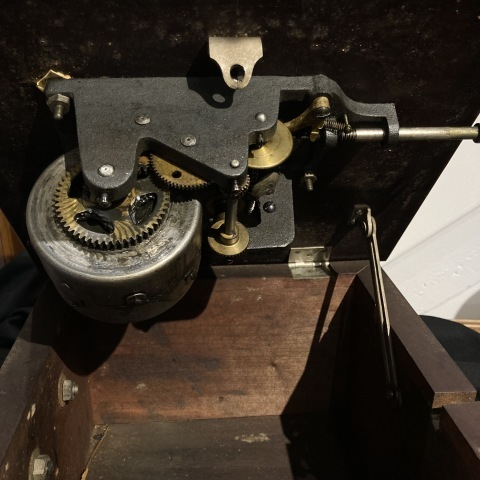 三光堂ラッパ型蓄音機_a0047010_10241553.jpg