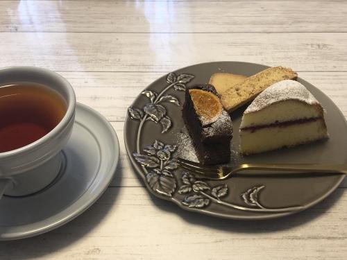 秘密のお菓子教室にて『シュクセ・モカ』を学ぶ_e0159185_17350274.jpeg