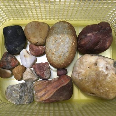 石ころ探し_d0214221_21080118.jpg