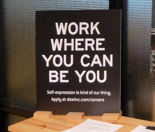 "\""Work where you can be you\""(あなたらしくいられる場所で働こう)_b0007805_23065147.jpg"