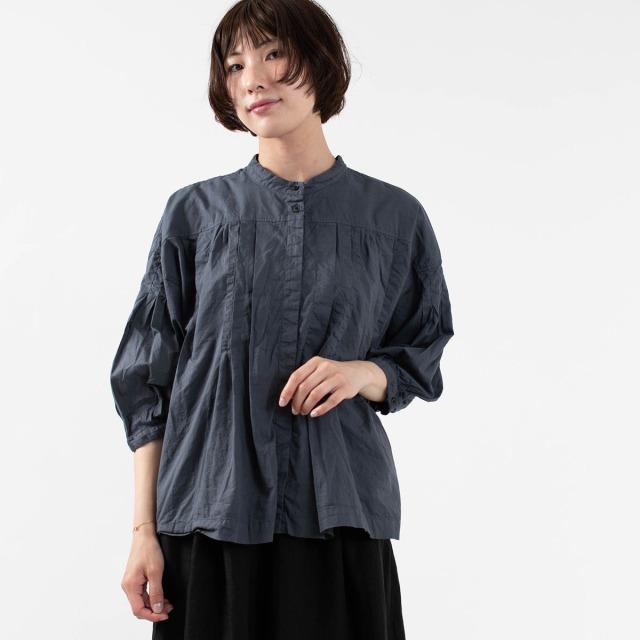 次の生地と デザインを既製服で探す。_a0118306_20104325.jpg
