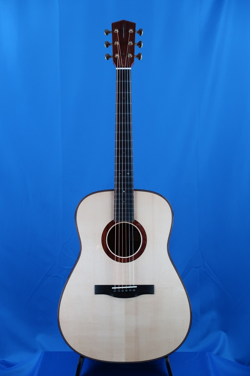 「The Fields D in Curly Mahogany」on YouTube_d0200414_15005874.jpg