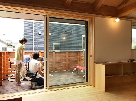 「スカイデッキのある2階リビングの家」完成見学会を開催しました。_a0059217_16370153.jpg
